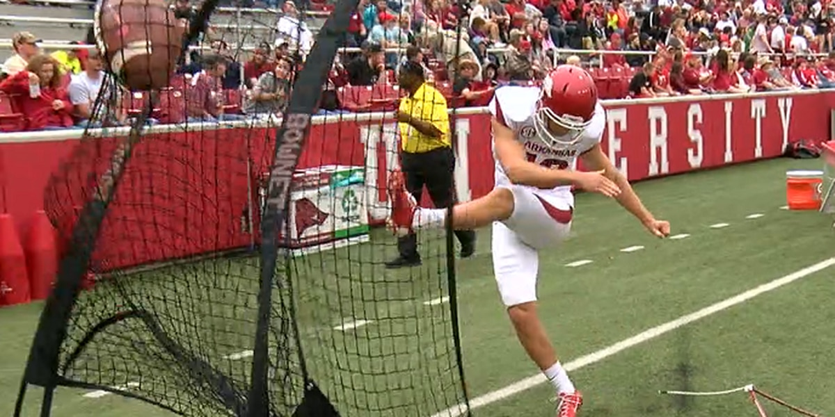 Arkansas kicker Connor Limpert selected to Lou Groza Award watch list