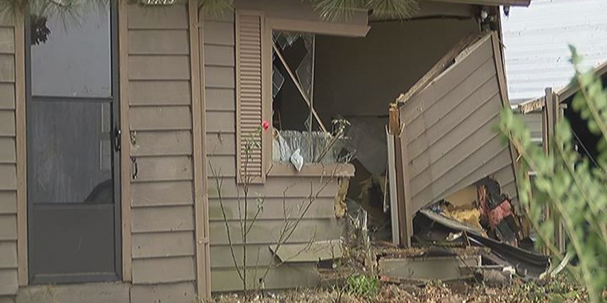 Police: Car crashes into house during chase