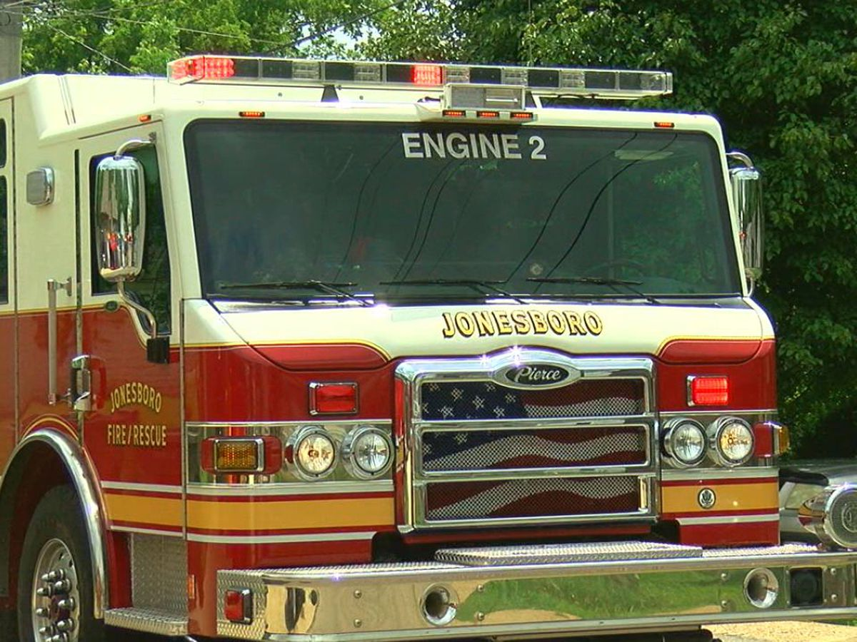 Fire department responds to cut gas line