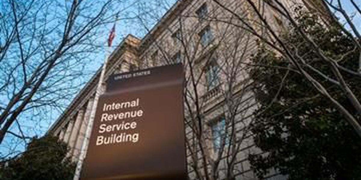 HAPPENING NOW: 104,000 taxpayers have personal info stolen from IRS website