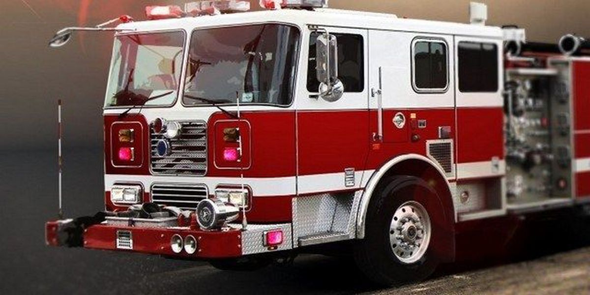 Firefighters save girl from smoke-filled residence