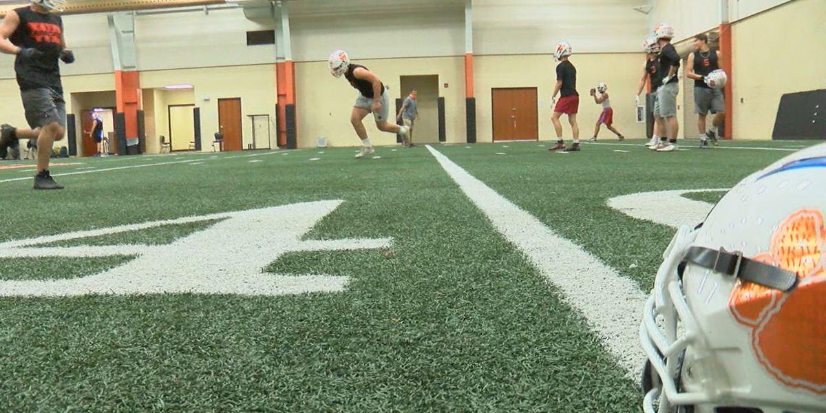 Walnut Ridge football team adapts to COVID-19 challenges