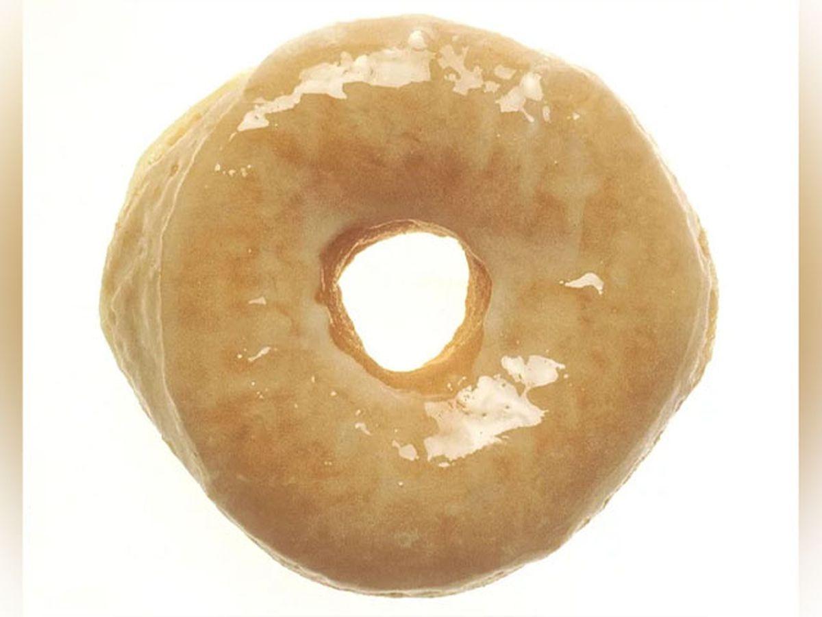 Krispy Kreme offering free donuts to doctors, nurses