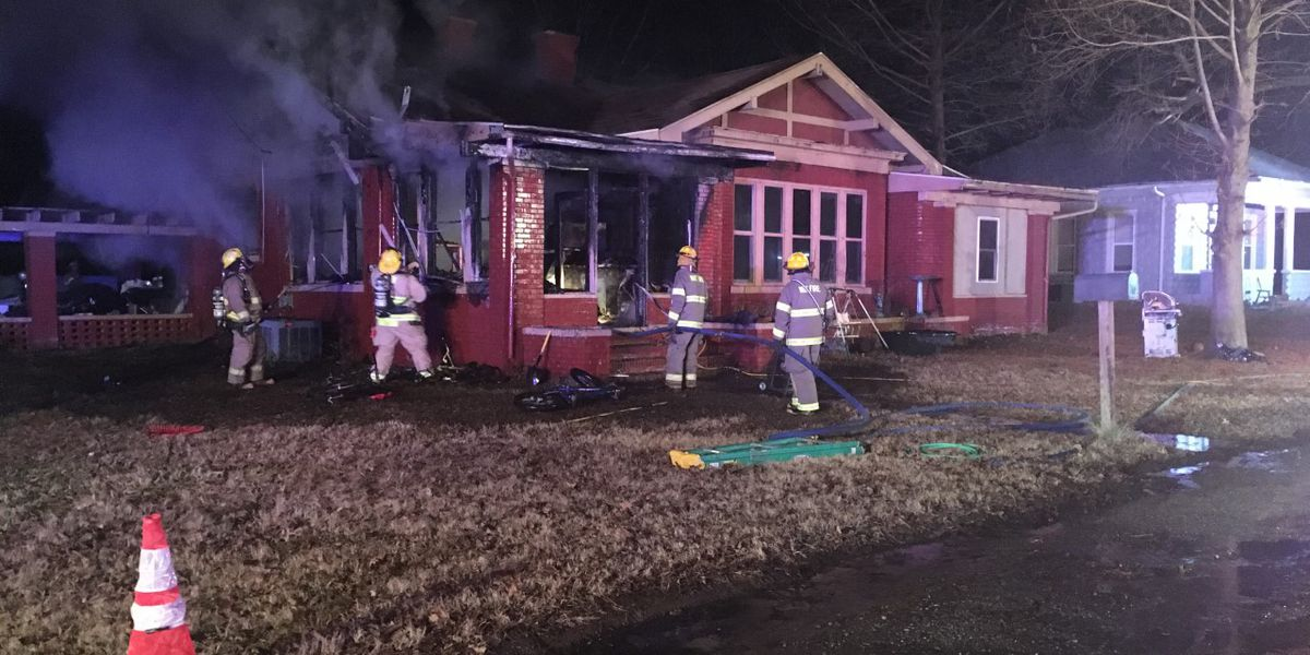 Child alerts adults to early morning house fire in Scott City, MO