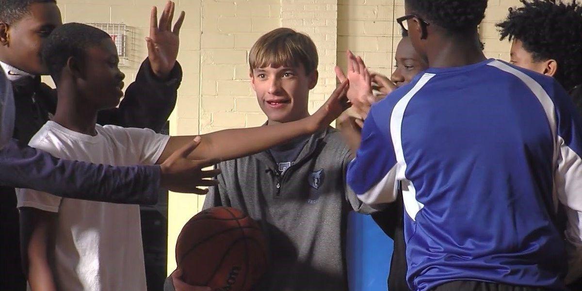 West Memphis teen steals hearts on basketball court