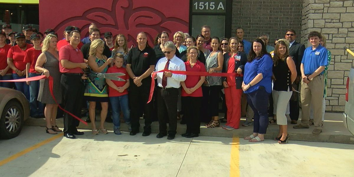 Ribbon-cutting ceremony held to celebrate new Paragould business