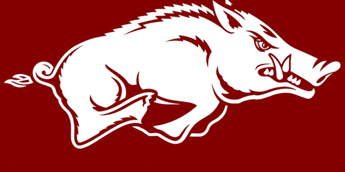 Seven run 6th leads Razorbacks over Tigers
