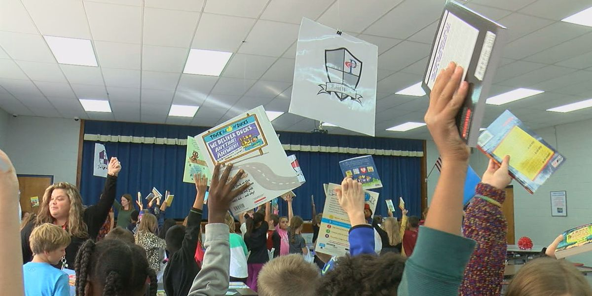 4,000 books given to third graders to encourage reading