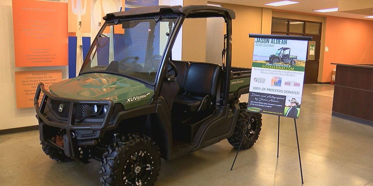 Jason Aldean Gator Giveaway to benefit food banks