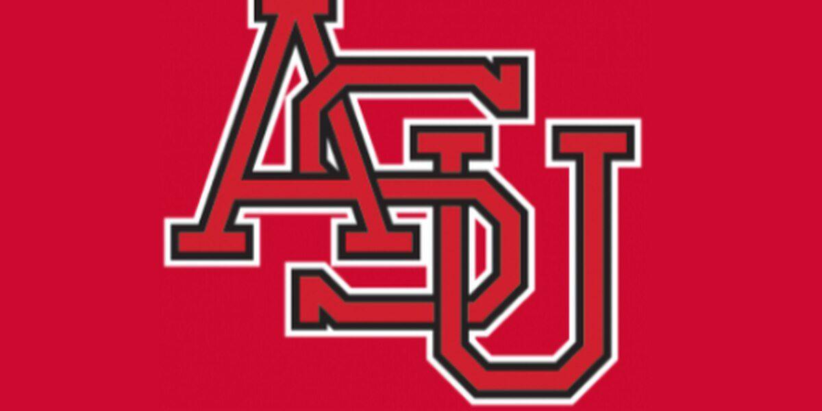 Texas State edges Arkansas State 6-5 Saturday