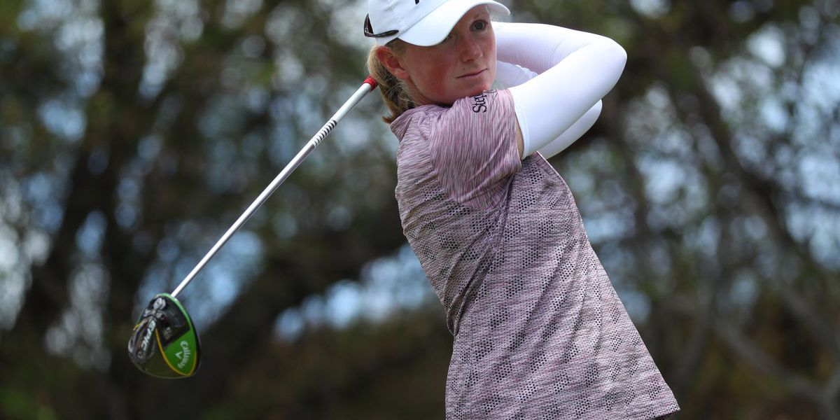 Stacy Lewis tied for the lead at Los Angeles Open