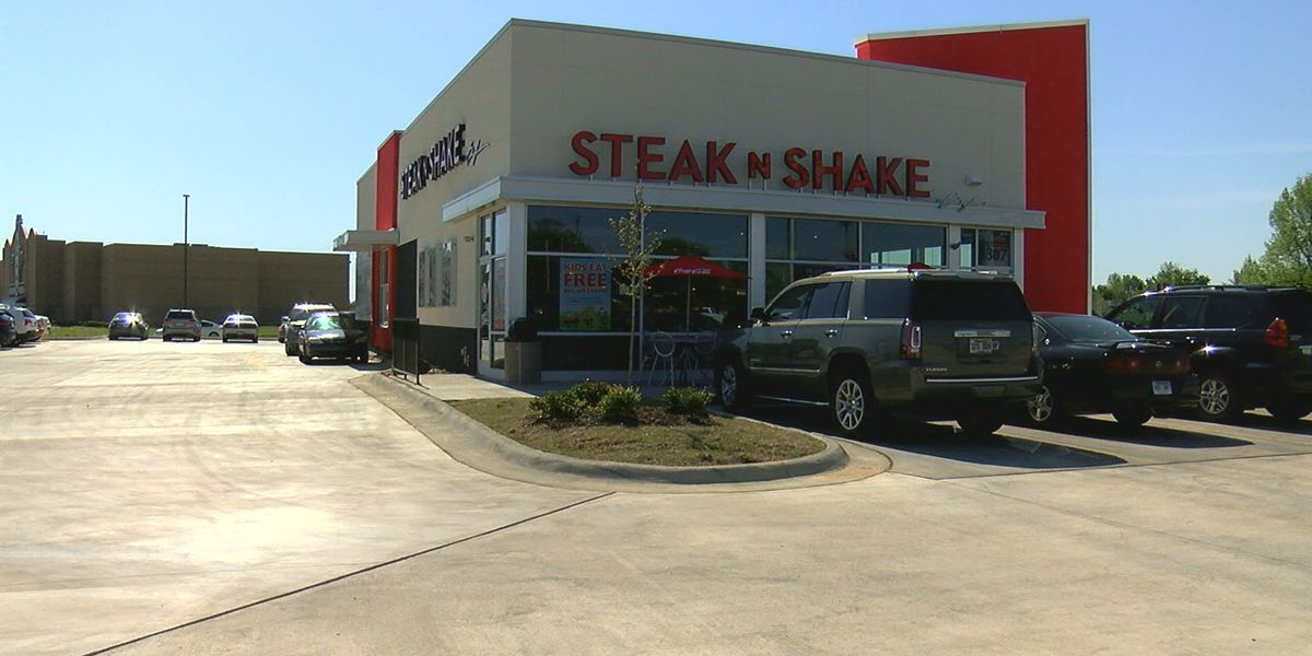 Suspect uses drive-thru to break into restaurant