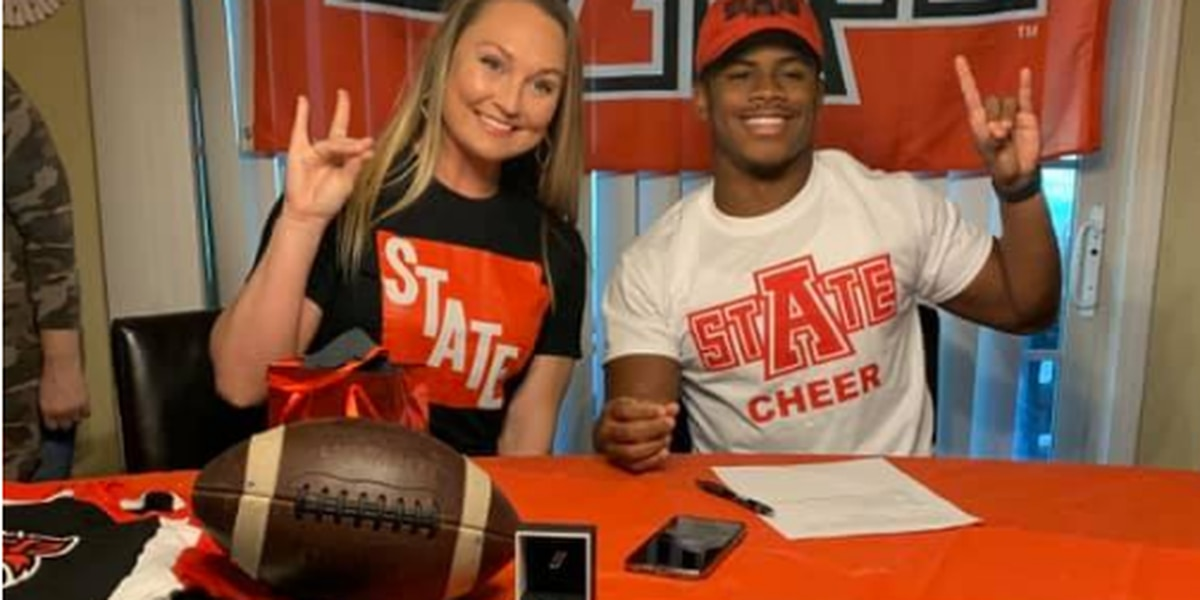 Kavion Alston makes transition from Wynne football to Arkansas State cheer