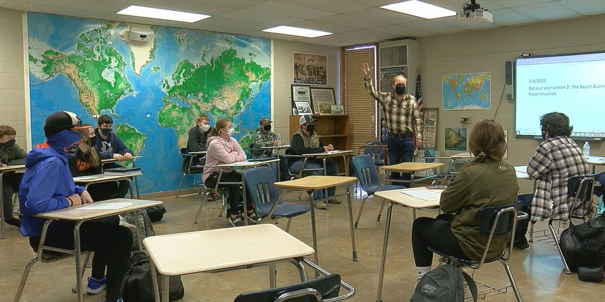 Teachers, students discuss U.S. Capitol riot
