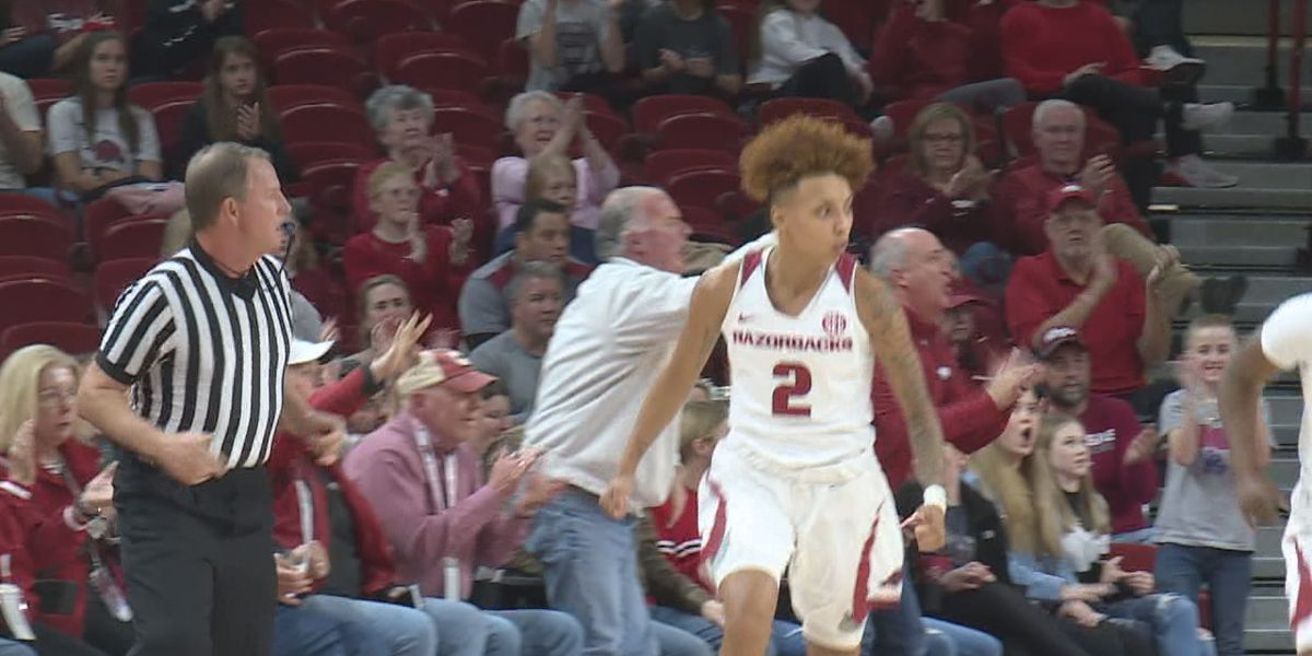 Former Arkansas guard Alexis Tolefree signs professional contract