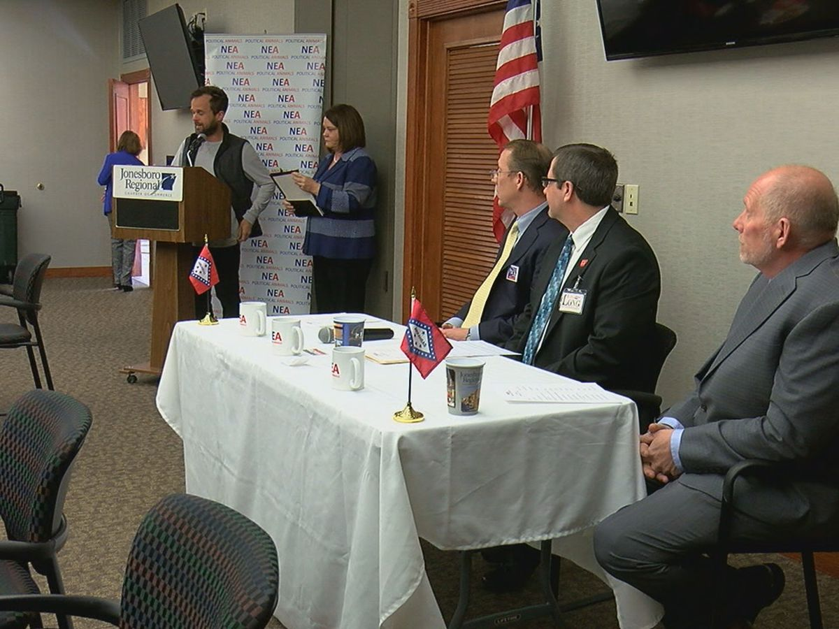 Candidates debate issues in State Representative District 53 race