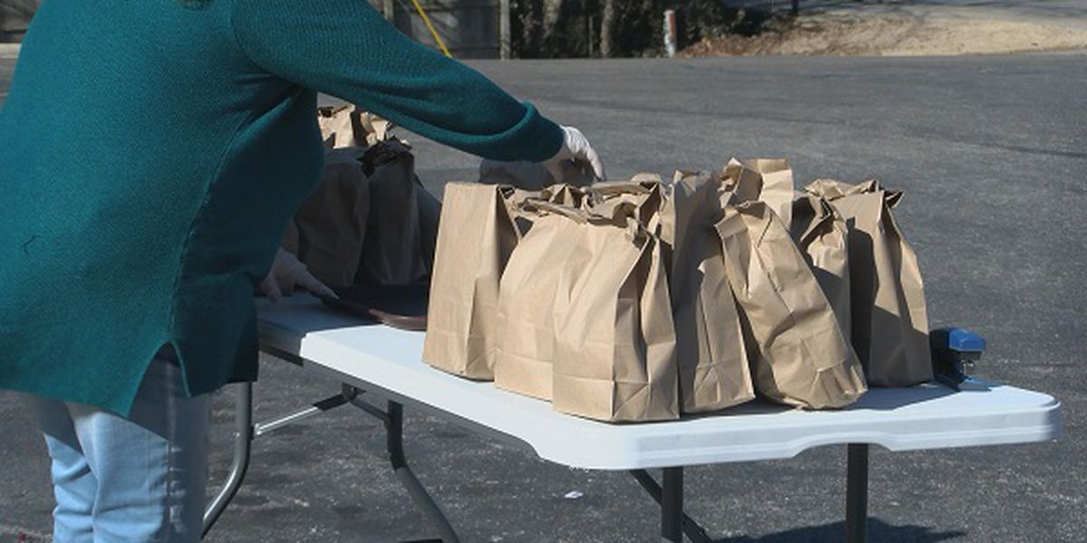 Church hands out 300 meals to those in need
