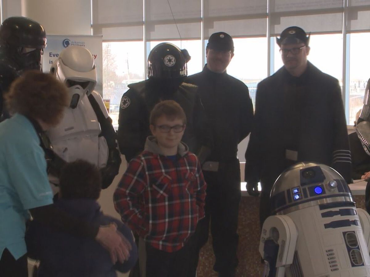 Star Wars characters surprise children's hospital patients with visit
