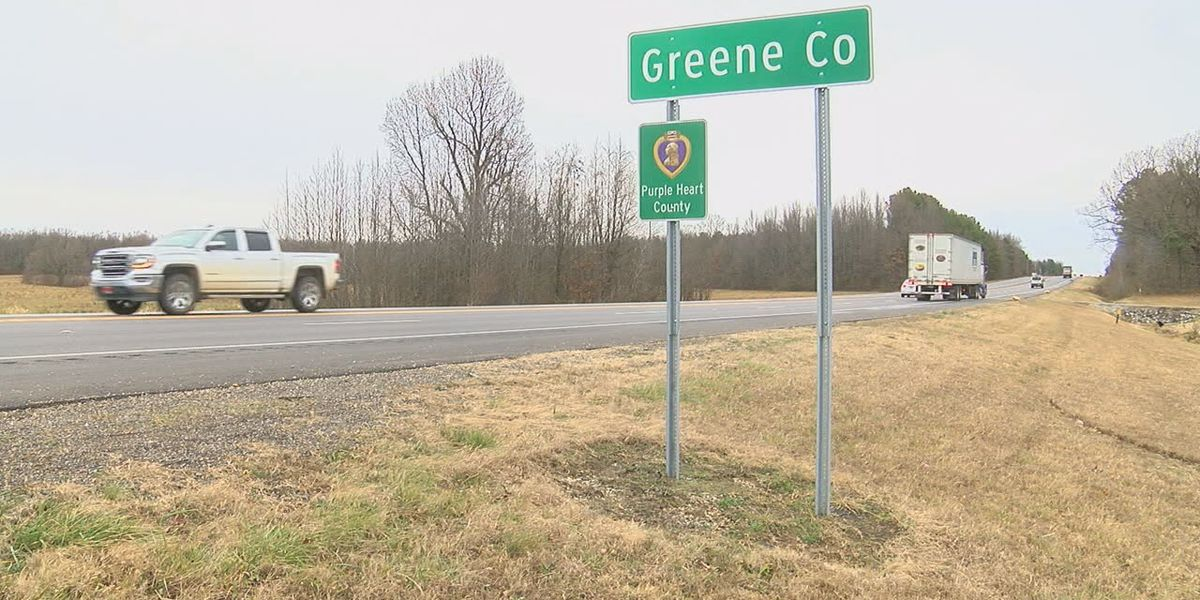 Purple Heart signs going up across Greene County