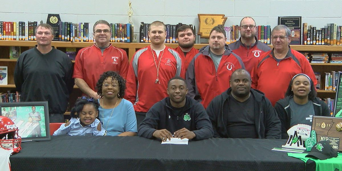 Rivercrest's Brown signs with Arkansas-Monticello