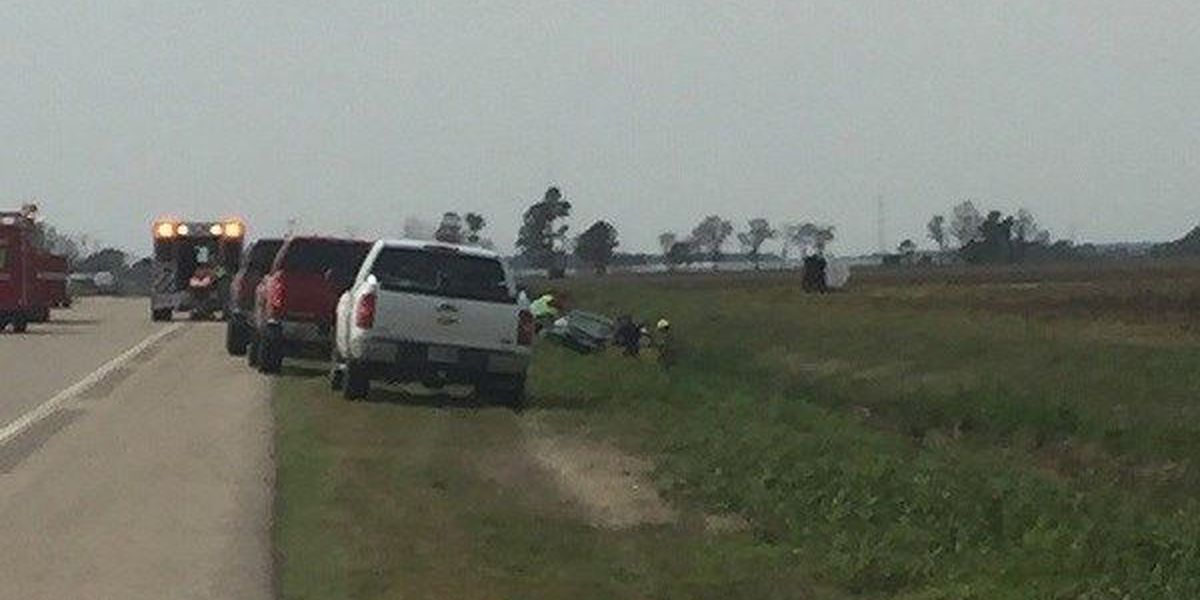 UPDATE: 3 injured in 2-vehicle crash near Lake City