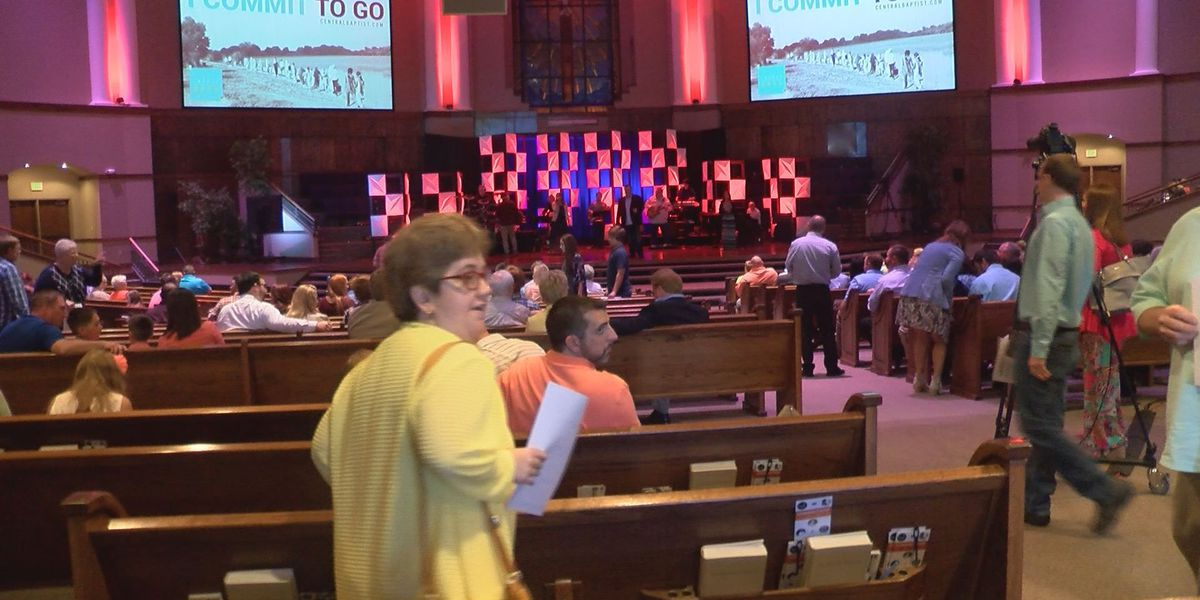 Easter weekend draws in thousands to Jonesboro church