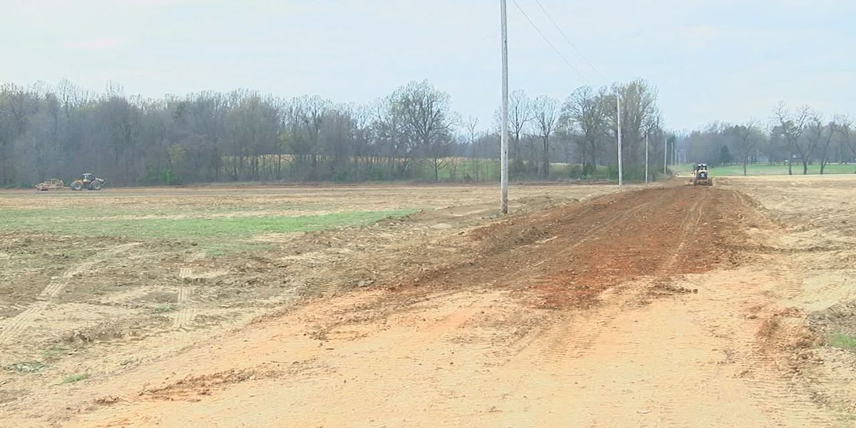 County helps group to improve road