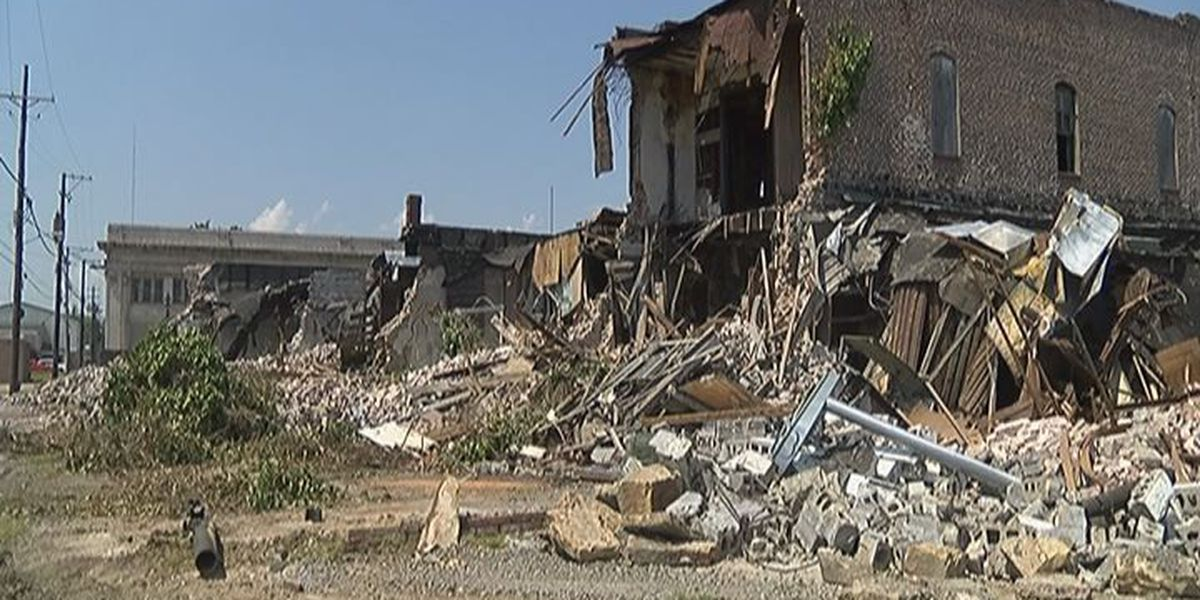 Demolition for Newport amphitheater park begins