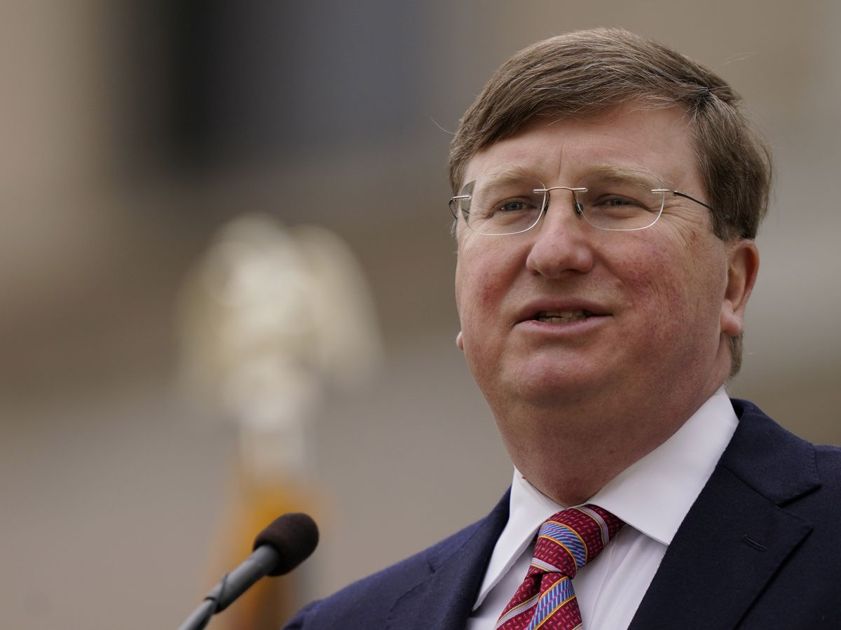 Reeves one of 20 governors demanding action from Biden on southern border