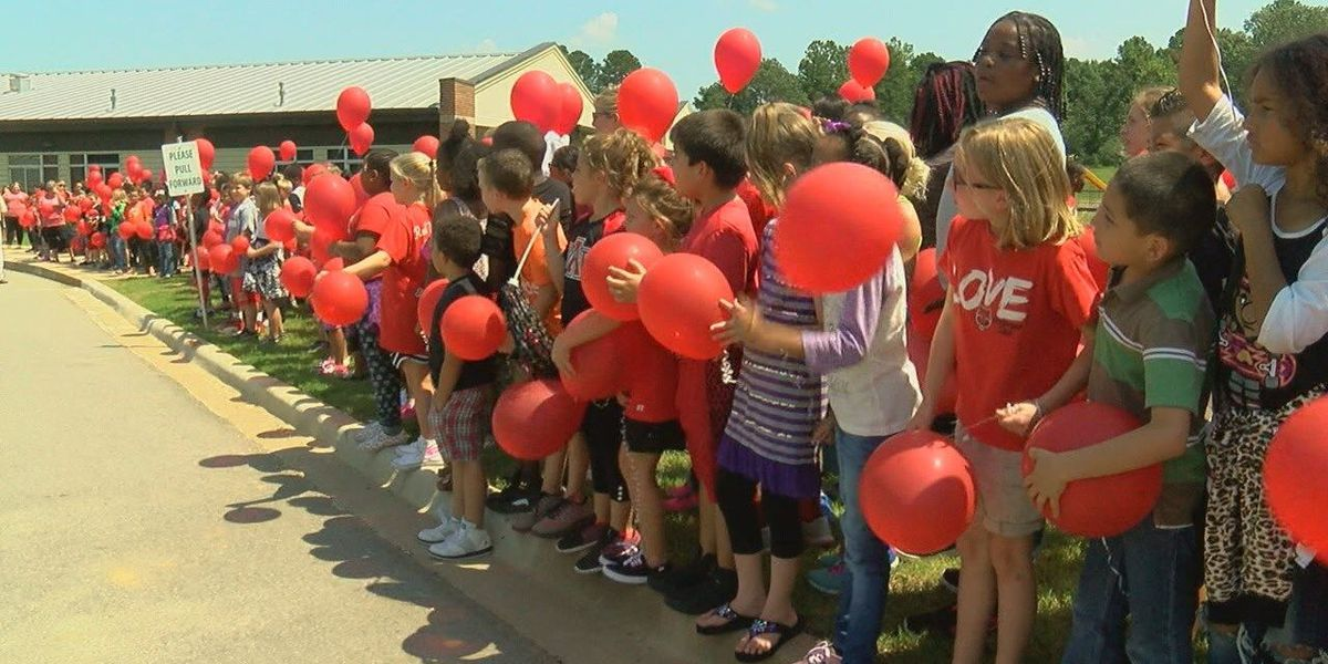 Paint the Town Red Week kicks off football season