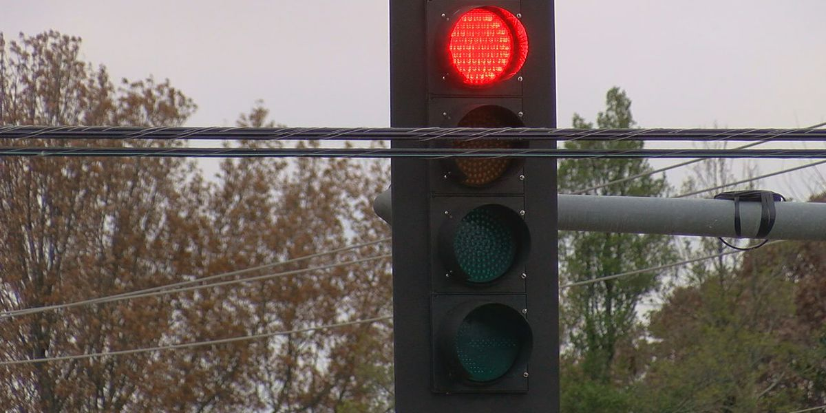 City works to put traffic signal backup batteries at every intersection