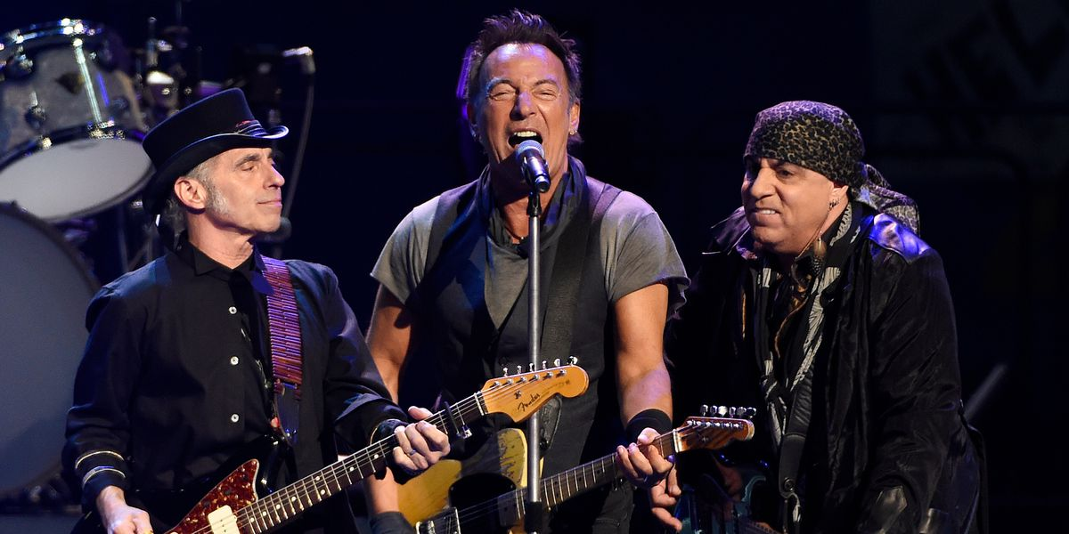 Bruce Springsteen and E Street Band plan new album in Oct.