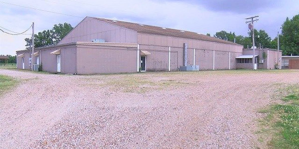 City working to keep community center open