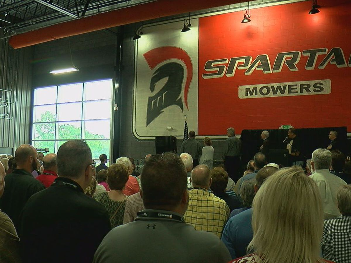 Lawn mower company brings hundreds of jobs to Batesville
