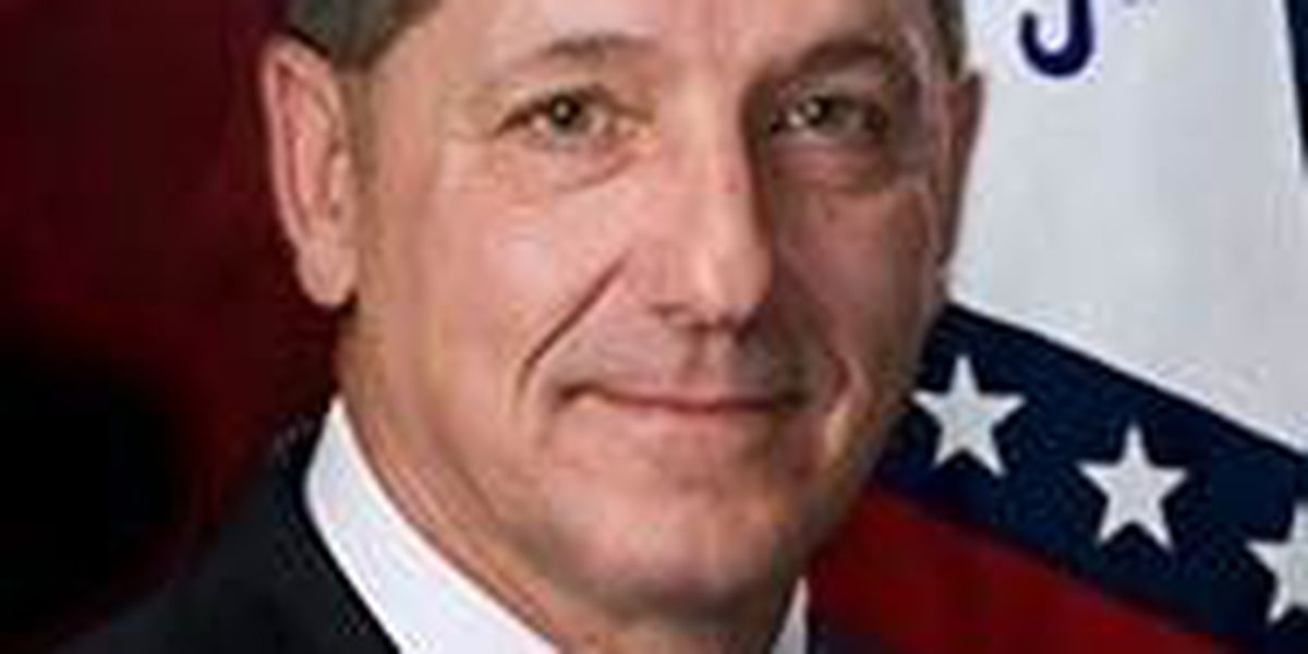 Governor-elect Hutchinson to appoint new state police director