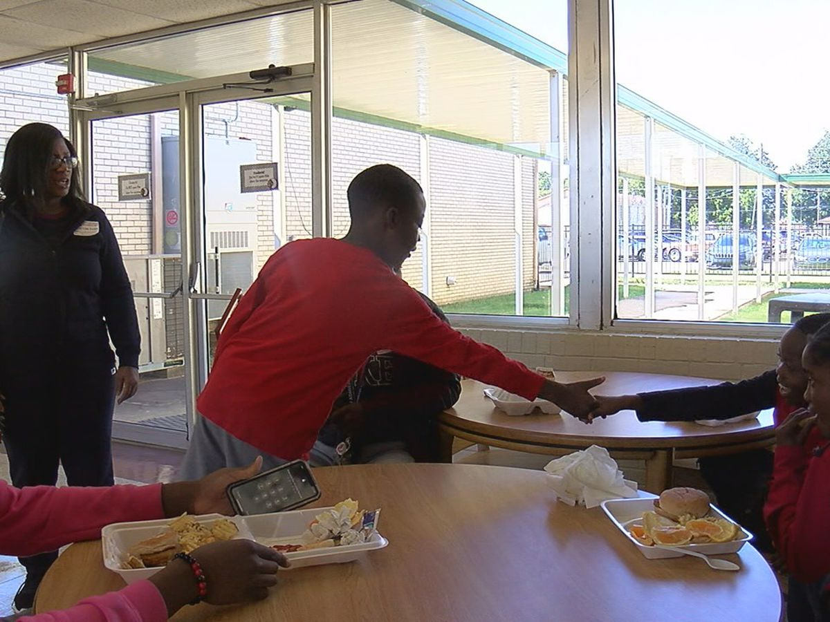 'Lunch Buddies' program brings change to Blytheville
