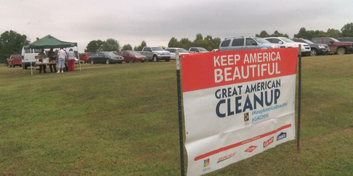 Keep America Beautiful campaign draws volunteers to Crowley's Ridge
