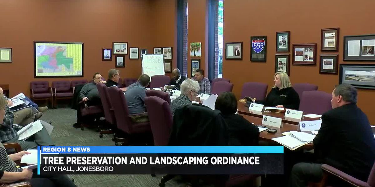 Landscape advisory panel discuss changes to ordinance