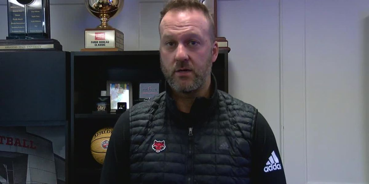 Red Wolves Raw: Mike Balado before 12/1/20 practice